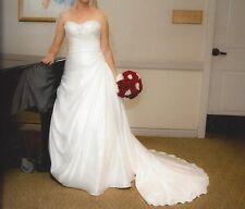 Designer Wedding Dresses  ESSENCE OF AUSTRALIA D1052