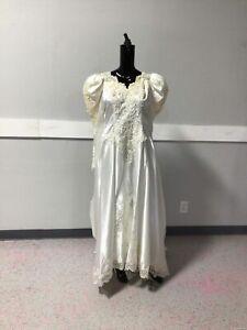 Ladies Ivory VTG 80s Wedding Dress Size 20