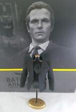 Genuine 1/6 Hot Toys Bruce Wayne action figure Batman Armory MMS236 suit jacket