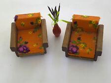 zwei alte Sessel, Spielzeug, Deko, (G)10802