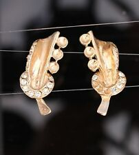 HARVEST REPAIR AS IS: gold tone crescent moon  3D screw back EARRINGS 1940's