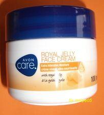 AVON CARE extra feuchtigkeitsspendende Gesichtscreme mit Gelee Royal 100ml