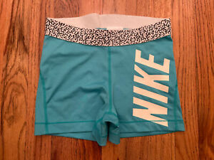 NIKE PRO Fitted Women's Shorts Size Small Turquoise Green