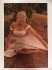 Marilyn Monroe 80s Postcard 1957 looking down by Sam Shaw (CSF)