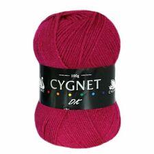 L53 Cygnet Cerise Pink Double Knitting Acrylic Yarn 10 X 100g Balls 1kg