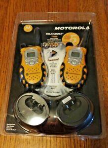 Motorola TALKABOUT T5950 2-Way Radio Walkie Talkies, 22 Channels