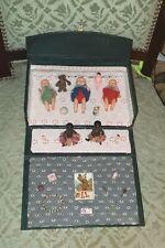 poupée ancienne : malette ancienne avec baigneurs et leurs accessoires