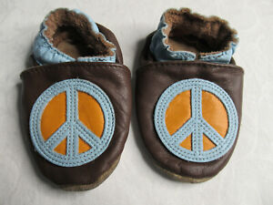 Robeez Brown Leather Peace Sign Crib Shoes Infant Slippers Size 0-6 Months