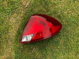 2000 2003 Ford Taurus Passenger Right Tail Light 03 02 01 00 2002 2001 RH brake