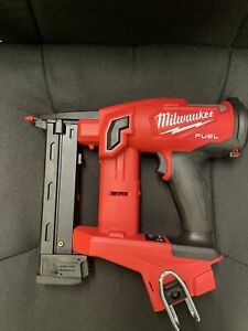 "NEW Milwaukee M18 FUEL18GA 1/4"" Narrow Crown Stapler 2749-20"