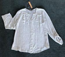 Liz Jordan: Size:12. Stylish White & Sliming Black Vertical Stripe 3/4 L/S Shirt