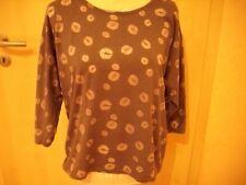 Hübsches Shirt Küsschen-Muster Gr. M Grau 3/4 Arm Fledermausärmel
