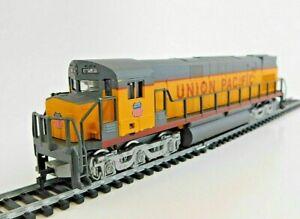 AHM - Alco C-628 Diesel Locomotive - Union Pacific - HO
