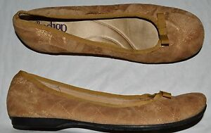 INDIGO CLARKS SZ 9.5 M QUILTED GOLD SUEDE BALLET FLATS SHOES