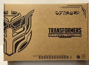 Transformers Generations War For Cybertron Barricade Punch-CounterPunch 2 pack
