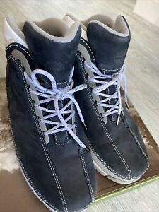 Timberland Hiker Blue Boots Size 9 Used good Condition