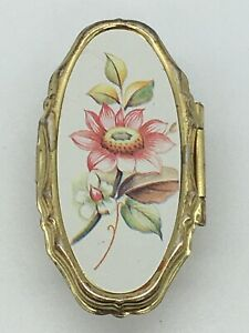 VINTAGE GOLD TONE OVAL WHITE FLORAL LIPSTICK HOLDER MIRROR RING MADE IN CHINA