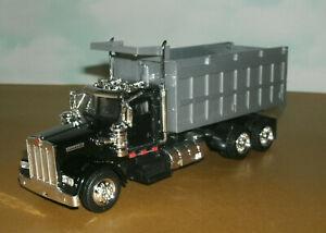 1/43 Scale Kenworth W900 Dump Truck Diecast Model Tipper - New Ray 15533 Black