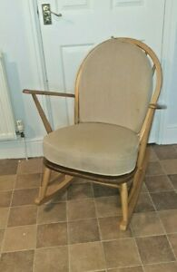VINTAGE ERCOL BLOND ROCKING CHAIR WITH CUSHIONS VGC