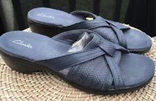 CLARKS 8 M WOMEN NAVY BLUE  SLIP ON BEACH LAKE CRUISE CASUAL SANDAL