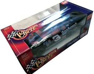 "Dale Earnhardt 1997 Edition Goodwrench GM Car 1:24 Racing Champions ""Plus"" Car"