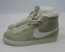 NEW NIKE BLAZER BOOT (GS) 407898-200 RATTAN/WHITE-SAIL  .size. 5.5
