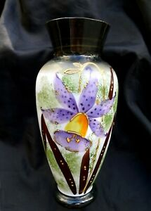 EARLY JAPANESE OPALINE WHITE GLASS VASE HAND PAINTED WITH A LARGE PURPLE ORCHID