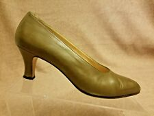 Gucci Women's Mustard Brown Leather Pumps Kitten Heels Formal Shoes Size 39.5 AA