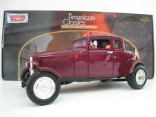 Ford Five-Window Coupe 1932 in brombeer Motor Max  1:18  OVP  Neu