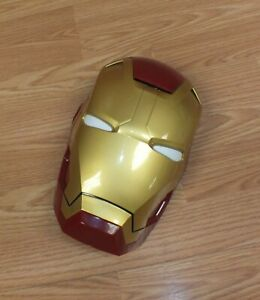 Marvel Avengers Iron Man Mask 3D Wall Hanging Deco With Light Up Eyes **READ**