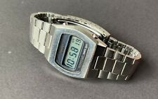 Vintage Mens Seiko Quartz LC Japan 0439-4009 LCD Digital Watch Stainless Steel