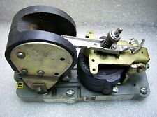 (3974) Cutler Hammer DC Contactor Sz 1 6002H334B 600V 5A