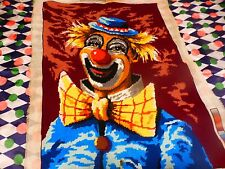 canevas    fini ,  a encadrer  le clown souriant  chambre d enfant ou collection