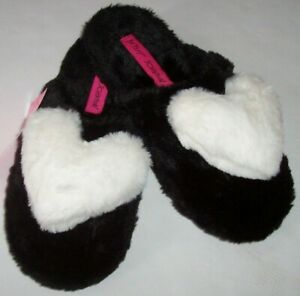 NWT Betsey Johnson Black~SOFT WHITE HEART Plush Faux Fur Mules Slippers L 9/10
