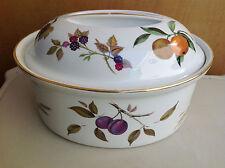 Royal Worcester EVESHAM 7.5 Pt Deep Oval Covered Casserole Porcelain