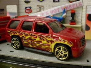 2010 Hot Wheels HOT HAULERS Design '07 CADILLAC ESCALADE✿Red SUV 2007✿ New Loose