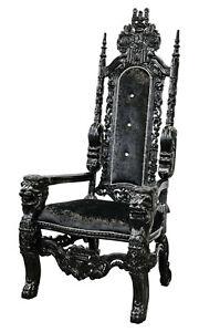 Black Gloss Modern Traforata Throne Chair
