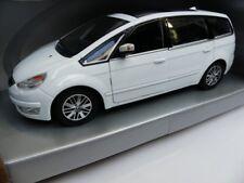 1/18 Powco Ford Galaxy weiß 125413