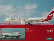 1:500 Herpa Wings 530156  Qantas Airbus A330-300 - new 2016 colors - VH-QPJ