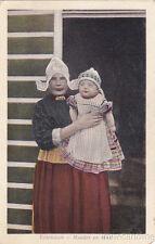 * NETHERLANDS - Volendam - Moeder en kind