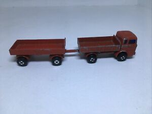 MATCHBOX SUPERFAST MERCEDES TRUCK And Trailer- playworn LESNEY  SERIES 1 (A)