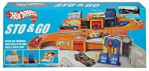 Hot Wheels® Sto & Go Nostalgic Service Centre Station Playset Retro *VERY RARE*
