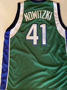 Dirk Nowitzki Signed/autographed jersey COA Dallas Mavericks, Champion  Rare NBA
