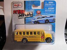MAISTO Fresh Metal School District 2 Yellow Bus