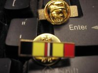 MILITARY LAPEL PIN - NAVY/MARINE CORPS COMBAT ACTION RIBBON
