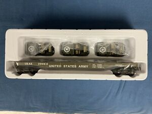 K-Line O scale  K691-8023, U.S. Army Flat Car with 3 military jeeps