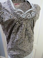 New MANTARAY 100% Cotton Top Size 10 Grey Pleated Blouse Ethnic Boho Floral