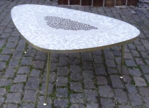 Edler 3 Bein Mosaik Sofa Nieren Tisch Messing Beine mid century design 1950er