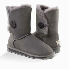 BNWT 'NEW GENERATION' UGG LADIES CLASSIC 3/4 SHORT BUTTON BOOT Genuine Leather