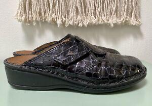 """FINN COMFORT """"Venice"""" Black Croc Slip-on Shoes Clogs Mules Size 40D / 9 Wide EUC"""